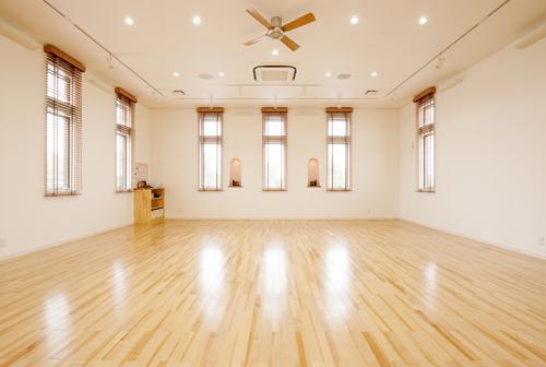 清潔で広いスタジオ